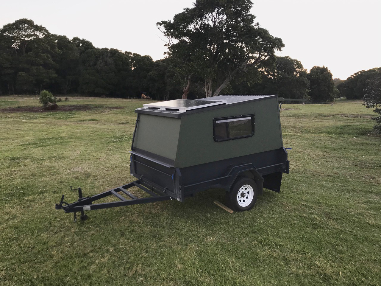 Custom-Camper-Trailer-Project (4)