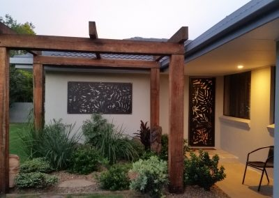 Matching-Sanctum-Screens-Madagscar-decorative-panels-flyscreen-door-mullumjoinery-wood-metal-mullubimby-nsw
