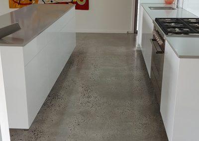 byron-hinterland-Minimalist-white-kitchen (8)