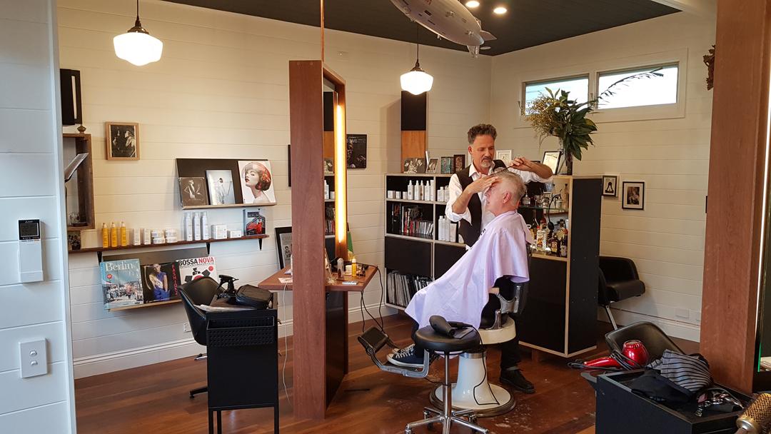 frankie-god-of-hair-shop-fitting-hair-salon-mullumbimby-3