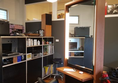 frankie-god-of-hair-shop-fitting-hair-salon-mullumbimby-cabinets